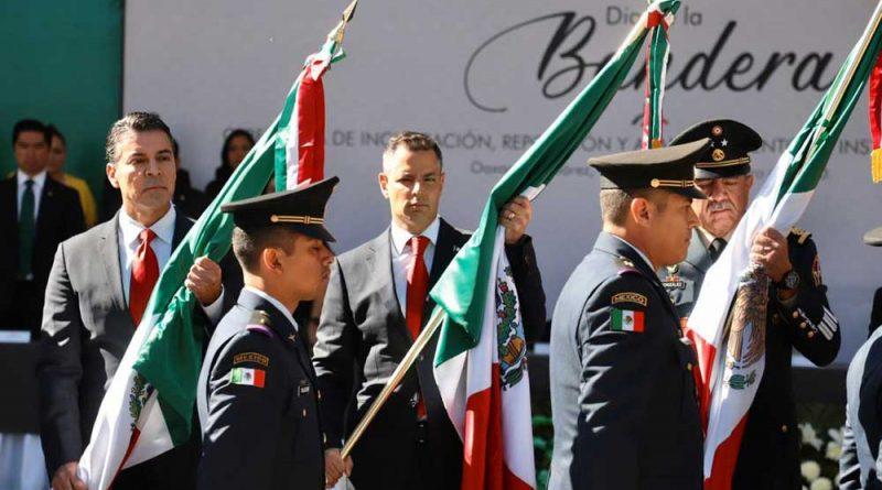 Convoca Murat a preservar valor cívico de la Bandera como símbolo de unidad