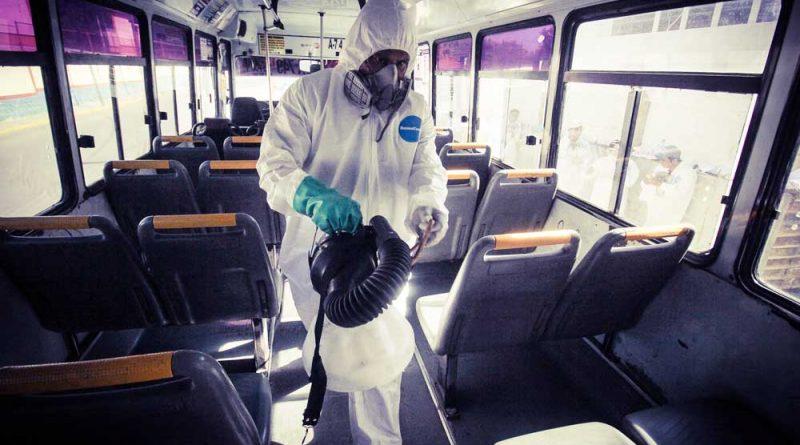 Desinfecta Semovi 484 camiones de transporte urbano de CdOax