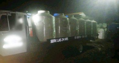 Recupera la Fiscalía camión con 36 tinacos robados en la Súper Tehuacán-Nochixtlán