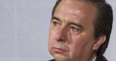 Tomás Zerón interroga bajo tortura a presunto implicado en caso Ayotzinapa