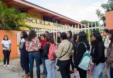Escuelas Normales no desaparecerán, son pilares de formación docente en Oaxaca