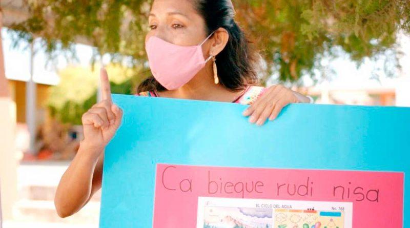 Felicita IEEPO a maestros en su día y les reconoce la labor que han realizado en la pandemia