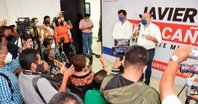 Salud, seguridad y empoderamiento, compromiso de Javier Villacaña con las mujeres