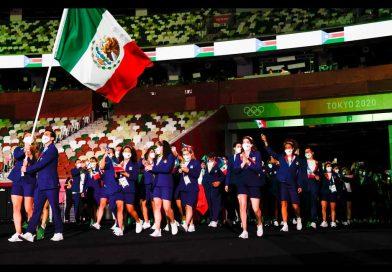 Delegación mexicana lució uniforme de Oaxaca en la Apertura de los Juegos Olímpicos